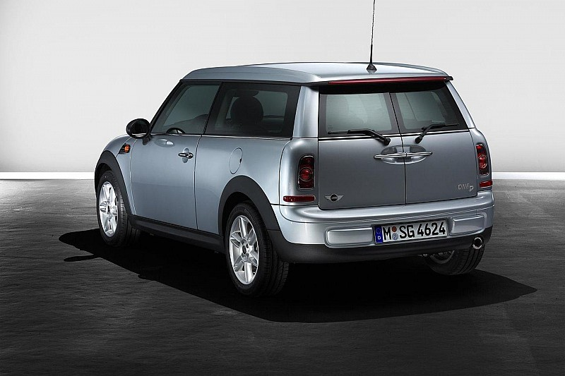 MINI Cargo variant to debut in Geneva