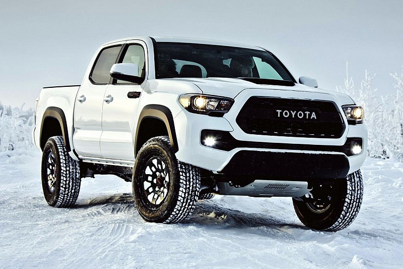 2017 toyota tacoma trd pro debuts with off road goodies. Black Bedroom Furniture Sets. Home Design Ideas