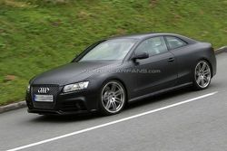 Audi RS5 prototype spy photo in Spain