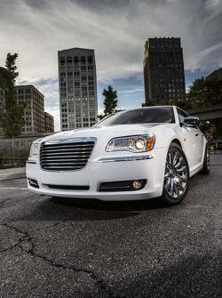 2013 Chrysler 300 Motown Edition 20.12.2012