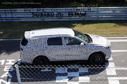2015 Kia Borrego / Mohave spied on the Nurburgring