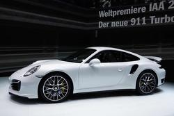 2014 Porsche 911 Turbo S live in Frankfurt 11.09.2013