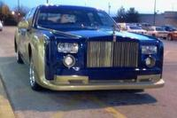 Rolls-Royce Phantom replica based on Lincoln Town Car is just wrong