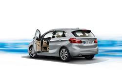2016 BMW 225xe plug-in hybrid unveiled