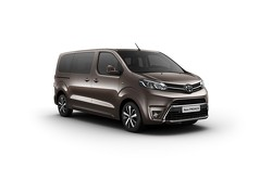 Peugeot TRAVELLER, Citroen SPACETOURER and Toyota PROACE