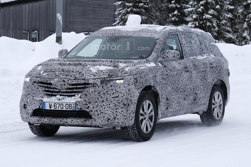 renault-ma​xthon-spy-​photo